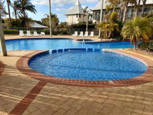 Tranquility Apartments at Bunbury Golf Resort