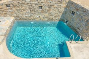The swimming pool at or near Eden View Aparthotel