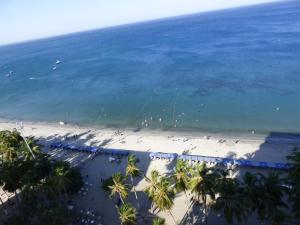 Beach Front, Frente Al Mar, RD02