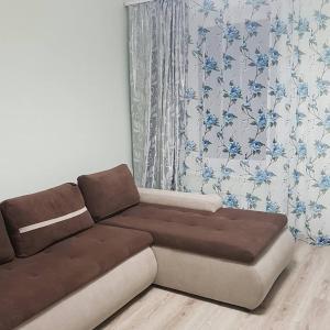 Гостиная зона в Apartment on Kastanovaya 11