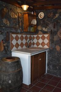 A kitchen or kitchenette at Casa Garcia-Mar
