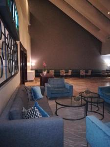A seating area at Lagoon Beach Apartment & Spa