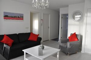 A seating area at Schelvis Apartments