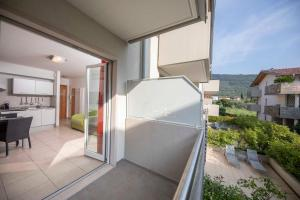 A balcony or terrace at 4 Limoni Apartment Resort