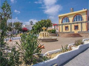 Three-Bedroom Holiday Home in Guardias Viejas