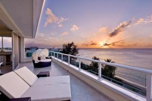 South Bay Beach Club Villa 31