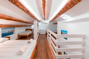 A bunk bed or bunk beds in a room at Apartments Fonda House