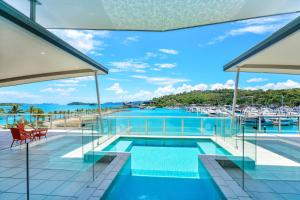 Pavillions Penthouse 25 - 4 Bedroom Luxury Ocean View Hamilton Island