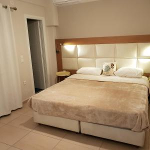 A bed or beds in a room at Villa Roussa