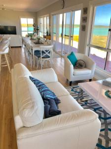 A seating area at Shades of Blue Eco Retreat