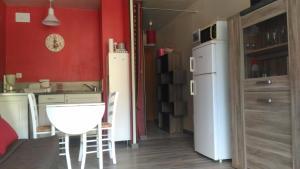 Salle de bains dans l'établissement AU PIED DU CANIGOU - Studio Le Palais 4 étoiles