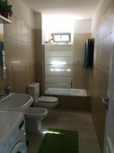 A bathroom at TRANQUILIDAD, MAR Y SOL!
