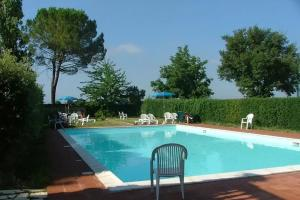 The swimming pool at or near Colle di Val d'Elsa Villa Sleeps 6 Pool WiFi