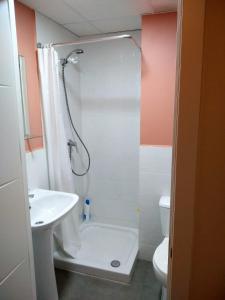 A bathroom at Apartamento en el centro