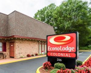 Econo Lodge Colonial