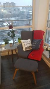 A seating area at Luxury 1 bedroom on Boykivska