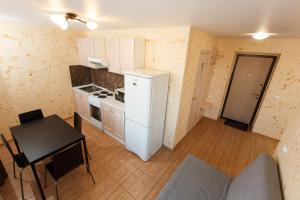 Кухня или мини-кухня в «Апартаменты на пр-те Науки 15»