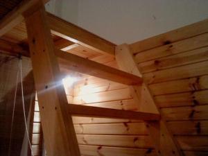 Katil dua tingkat atau katil-katil dua tingkat dalam bilik di Azúr Apartman