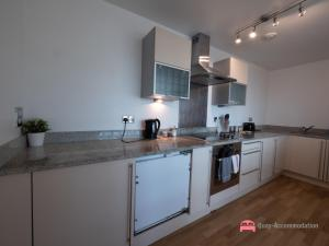 A kitchen or kitchenette at In The Heart Of Maidenhead