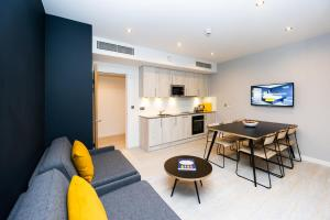 A kitchen or kitchenette at Staycity Aparthotels Liverpool Waterfront