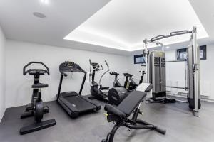 The fitness center and/or fitness facilities at VISIONAPARTMENTS Frankfurt Gutleutstrasse