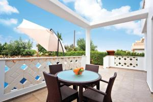 A balcony or terrace at Joulia
