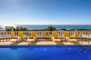 The swimming pool at or near Son Bou Villa Sleeps 10 Pool WiFi