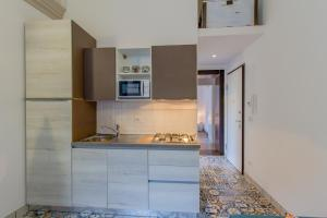 A kitchen or kitchenette at Casa della Boga
