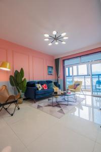 Zhuhai Xiangzhou·Zhongzhushangcheng· Locals Apartment 00173330