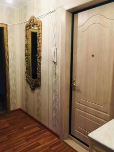 Ein Badezimmer in der Unterkunft Apartment on Koshevogo 25a