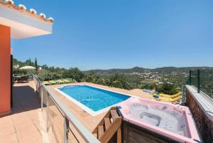 The swimming pool at or near Covoes Villa Sleeps 6 Air Con WiFi