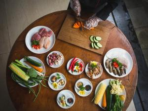 Lunch and/or dinner options for guests at Aria Exclusive Villas & Spa