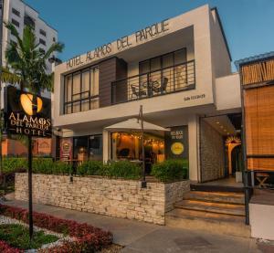 Hotel Alamos Del Parque