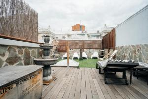 The swimming pool at or near Apartment in Atocha with Private Terrace - 2BR 2BT