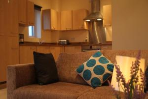 A seating area at Vervain Court