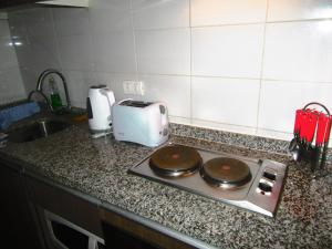 A kitchen or kitchenette at Apartamento Arturo Prat