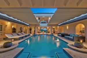 Best Luxury Villa - 7 BR