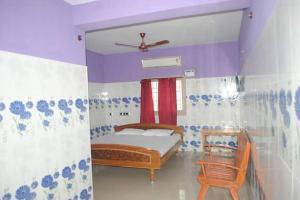 Hotels Needamangalam