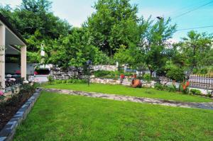 A garden outside Althea