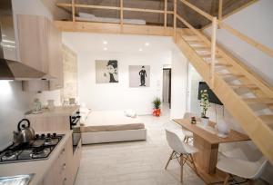 Кухня или мини-кухня в BariCityCentral- IFrooms1