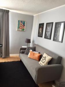 Zona de estar de Go Santiago Apartments