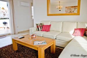 A seating area at Enjoy Balcon de Benavista Penthouse