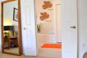 A bathroom at Villa Davenport