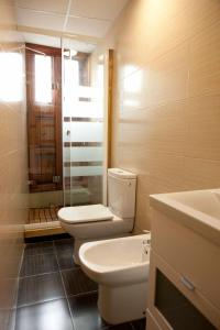 A bathroom at Happy Apartments Valencia – Lope de Vega