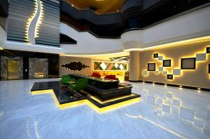 The lobby or reception area at Апартаменты у моря в Аланье, Махмутлар