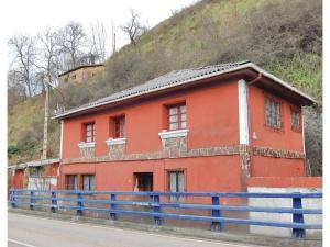 Four-Bedroom Holiday Home in Puente De Los Fierros