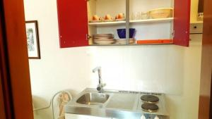 A kitchen or kitchenette at Studio apartment in Rovinj with Balcony, WIFI (4677-2)