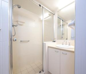 A bathroom at Levuka Unit 2, 14 Moreton Pde. Kings Beach