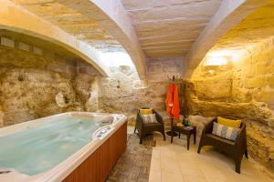 Spa and/or other wellness facilities at Ta Kristoff Holiday Home