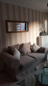 A seating area at Apartment Helios